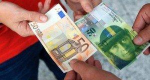 La menace croissante sur le franc suisse dans Forex eur_chf-300x160
